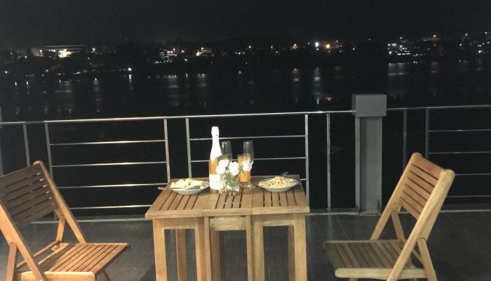 Panglao - dinner on terrace
